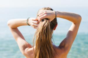Repara tu cabello tras el verano